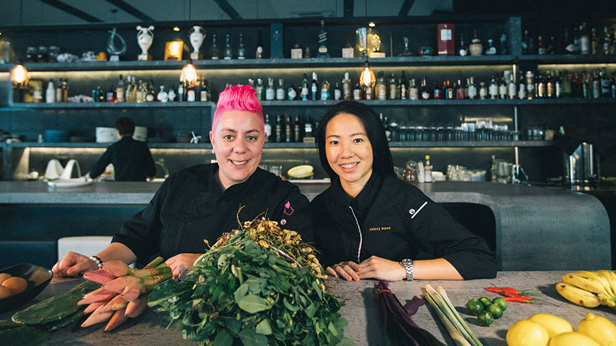 Top Five Tips: Singapore With Celebrity Chef Anna Polyviou - Repeat Traveller